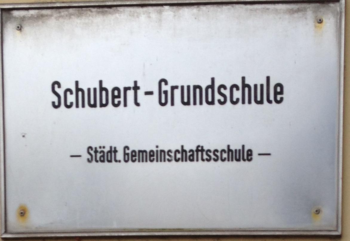 Grundreinigung der Kinder-Lernküche Schubert Grundschule | Mato ...